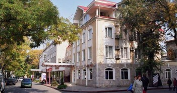 Гостиница Лидия, Феодосия