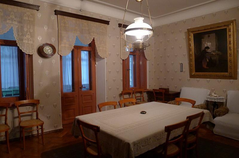 Гостиная. Дом-музей Чехова
