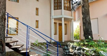Гостиница Ливадия