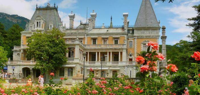 Самые красивые дворцы Крыма
